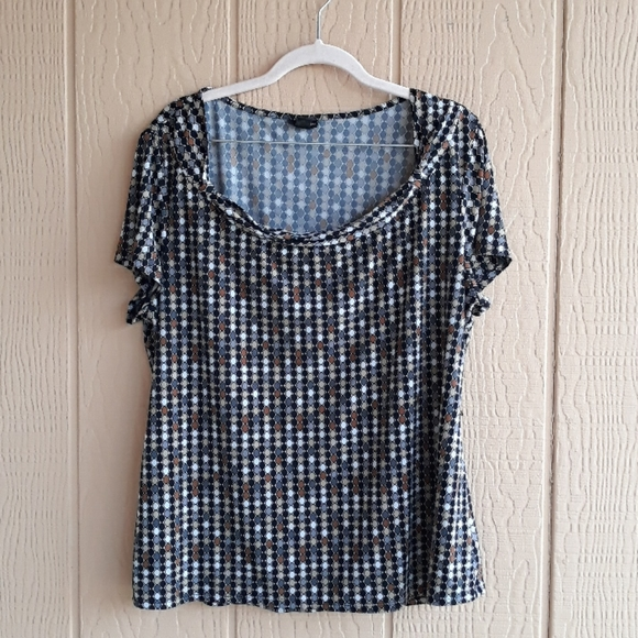 East 5th scoop neck blouse with belt loops XL